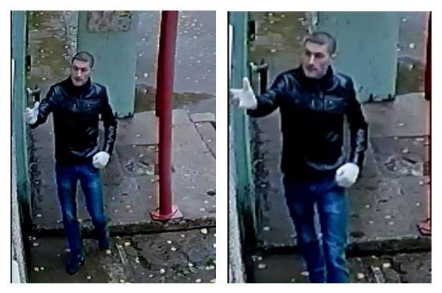 Неизвестный взломал стеклопакет и проник  в одну из квартир в Индустриальном районе.