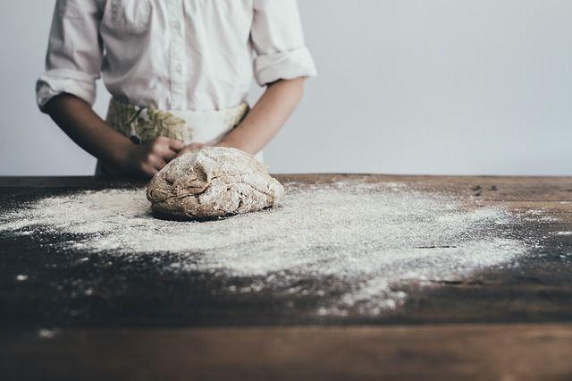 На изготовление бездрожжевого хлеба понадобится пять дней.