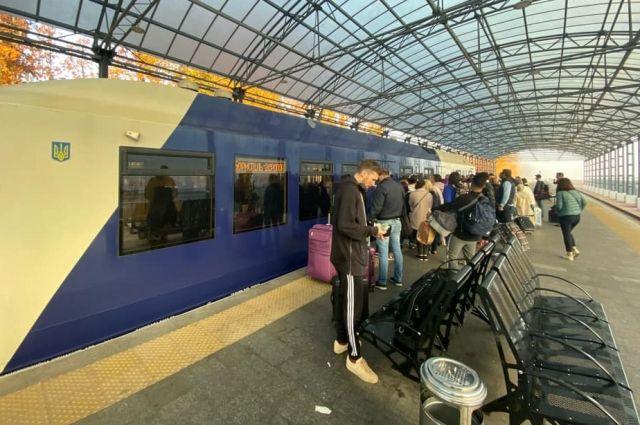 «Укрзализныця» планирует запустить экспресс в Борисполь