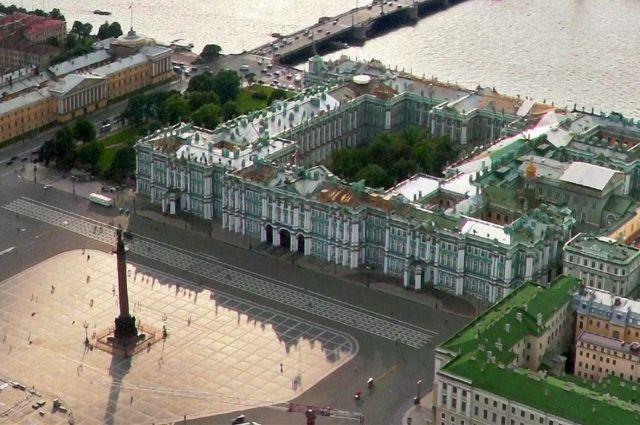 Нынешняя, разработанная ими система мониторинга температурных, влажностных, световых и прочих условий в залах Зимнего дворца - одна из самых совершенных в мире.