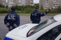 На месте аварии работали инспекторы ДПС, которые выясняют все обстоятельства дорожно-транспортного происшествия.