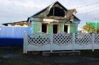 В Илеке на пожаре погибли мужчина и его 3-летний племянник.
