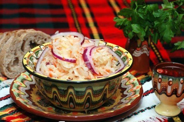 Домашние заготовки: названы благоприятные дни для закваски капусты