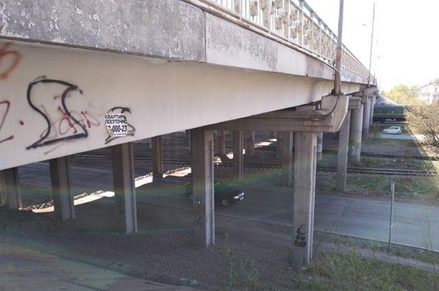 Состояние Мичуринского моста необходимо обследовать