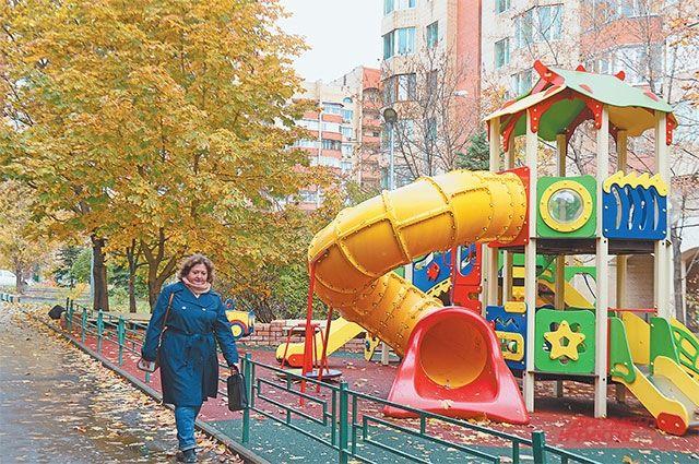 Во дворах жилого комплекса «Царское село» благоустроили новый парк.