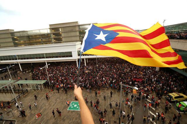 Испанию охватили беспорядки.