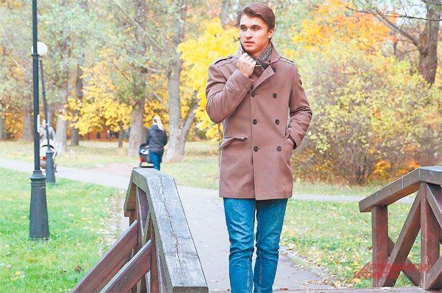 Житель Азовской улицы актёр Дмитрий Воронин уверен, что его любимое Зюзино сегодня стало самым красивым и комфортным районом в столице.