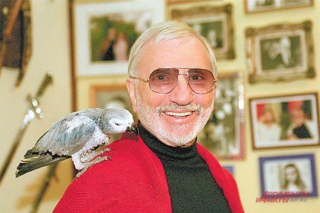 «Тёплый Стан с момента, когда мы в нём поселились, буквально расцвёл»,– говорит знаменитый сценарист  Виктор Мережко.