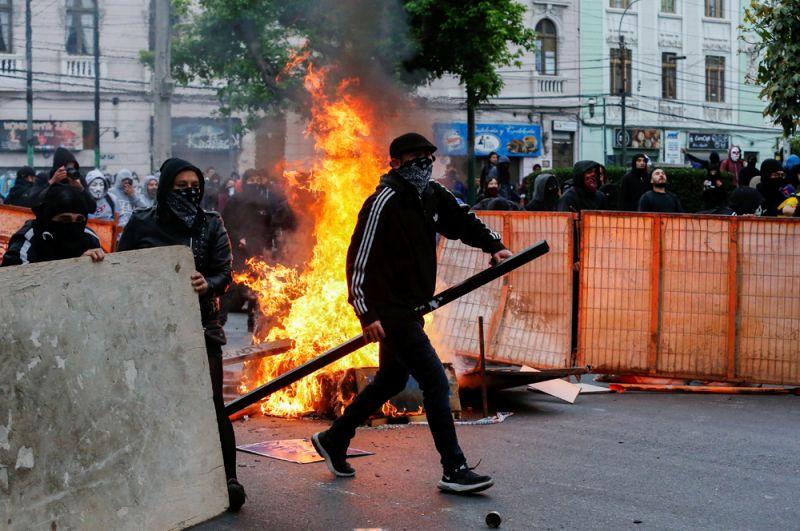 Уличные беспорядки в Вальпараисо.