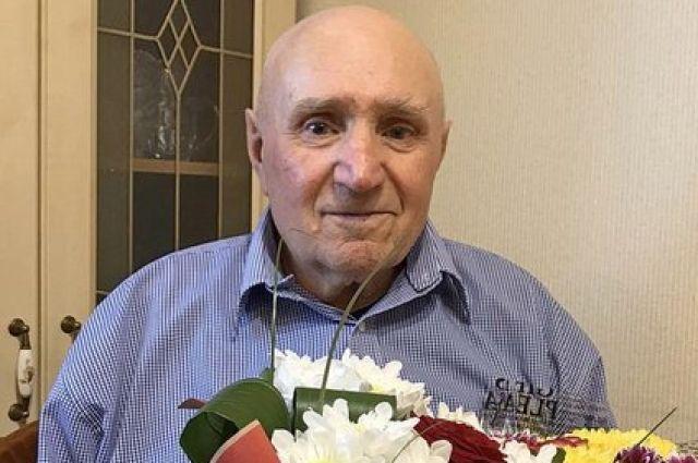 Житель поселка Боровский отметил 90-летний юбилей