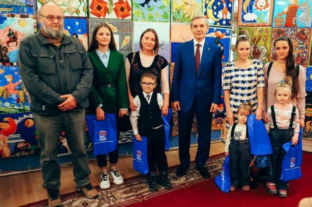 В Тюмени начались мероприятия в честь дня рождения Конька-Горбунка