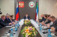 Гбуернатор Конвалов дал поручение - оказать помощь погибшим в Красноярском крае вахтовикам из республики.