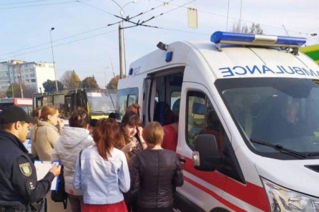 Столкновение маршруток во Львове: в Горсовете рассказали о пострадавших