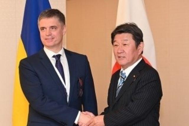 Пристайко встретился с главой МИД Японии: что известно