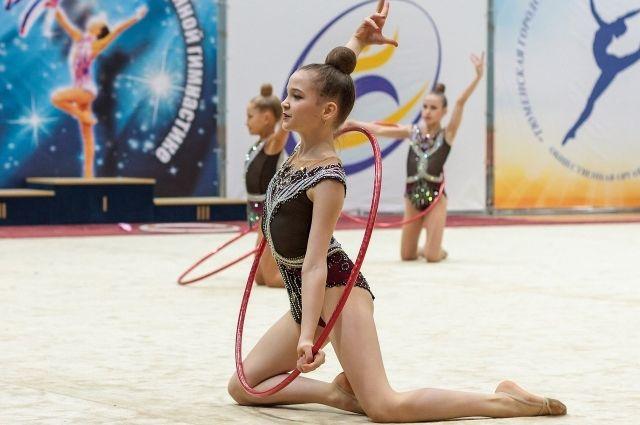 В Тюмени гимнастки поборются за призы главы города