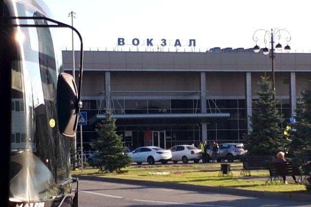 На тюменском ж/д вокзале задержали школьницу при попытке сбежать из дома