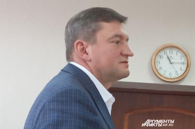 Экс-мэр Оренбурга Евгений Арапов продолжает настаивать на невиновности.