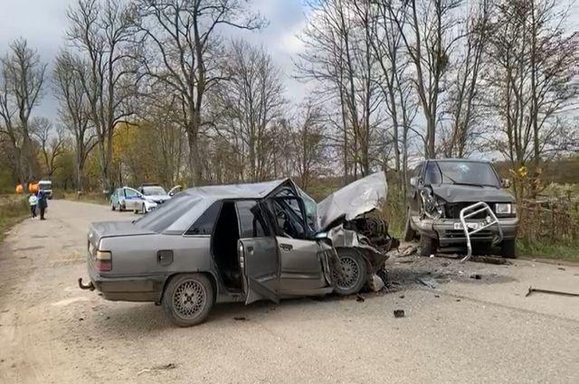 По вине пьяного водителя один человек погиб, двое пострадали