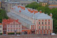 Сейчас университет занимает 227 зданий в разных частях города.