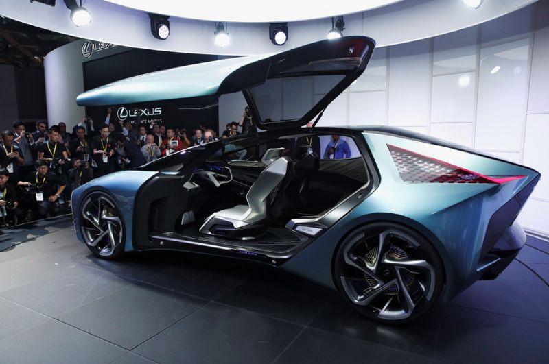 Электрический концепт-кар Lexus LF-30.