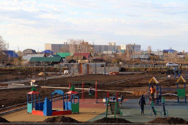 В Красногвардейце Бузулукского района теперь есть большая, благоустроенная площадка.