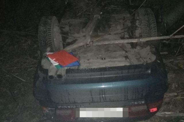 Водитель Toyota вылетел в кювет с неосвещённой дороги на трассе Конаково - Дубна
