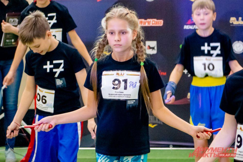 Единственная девочка, прошедшая в следующий этап проекта – десятилетняя ангарчанка Варвара Халопкина – занимается боксом уже два года