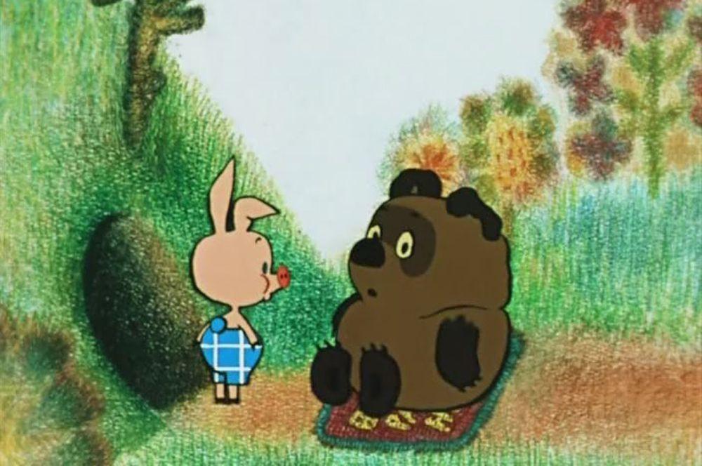 «Винни Пух» (1969), рейтинг 8,3. Первый фильм из серии о забавном медвежонке и его друзьях. В этой главе происходит знакомство с Винни-Пухом и подозрительными пчелами.