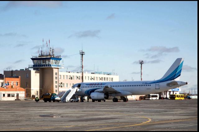 Новоуренгойский аэропорт начал работать по зимнему расписанию