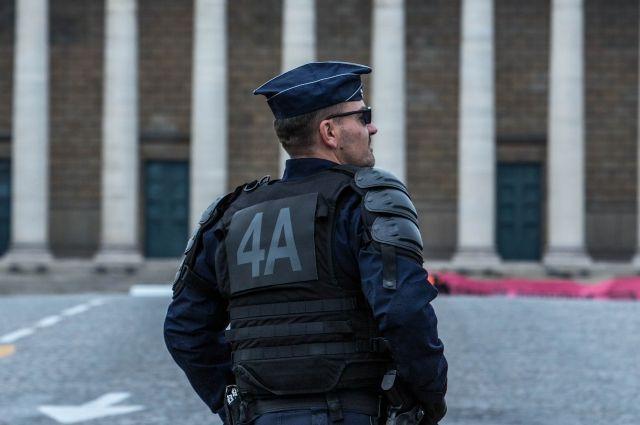 ВоФранции 84-летний старик открыл стрельбу поприхожанам мечети