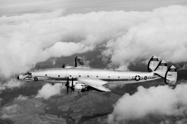 Самолёт R7V-1.