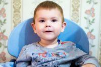 Ребёнок страдает спинальной мышечной атрофией и не может «продышаться».