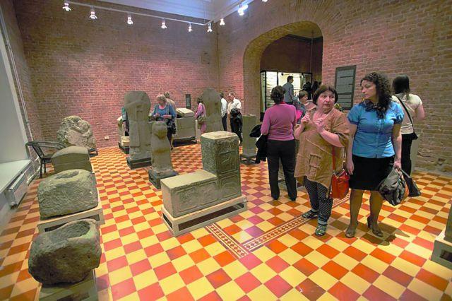 Музеи и театры ждут зрителей на фантастическую ночь.