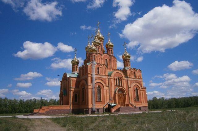 Собор Успения Пресвятой Богородицы. В крипте находятся захоронения безымянных жертв ГУЛАГа.