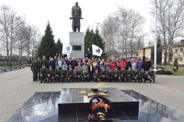 Заводчане в рамках акции «Семейный автопробег «Я помню! Я горжусь!» посещают военно-мемориальные комплексы в память о земляках – тамбовчанах, не вернувшихся с войны.