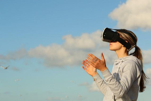 С каждым днем появляются абсолютно новые профессии, особенно в сфере информационных технологий.