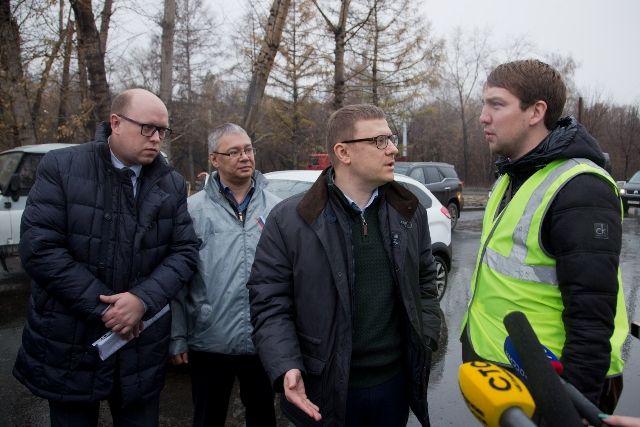 Алексей Текслер лично проверил качество дорог и высказал немало замечаний.