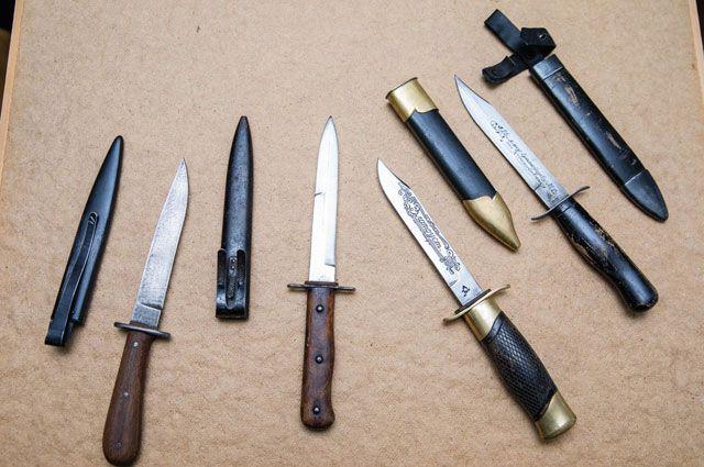 Златоустовские «чёрные ножи» – названные так из- за покрытых чёрным лаком рукоятки и ножен. Каждый из этих экземпляров сегодня – большой раритет.