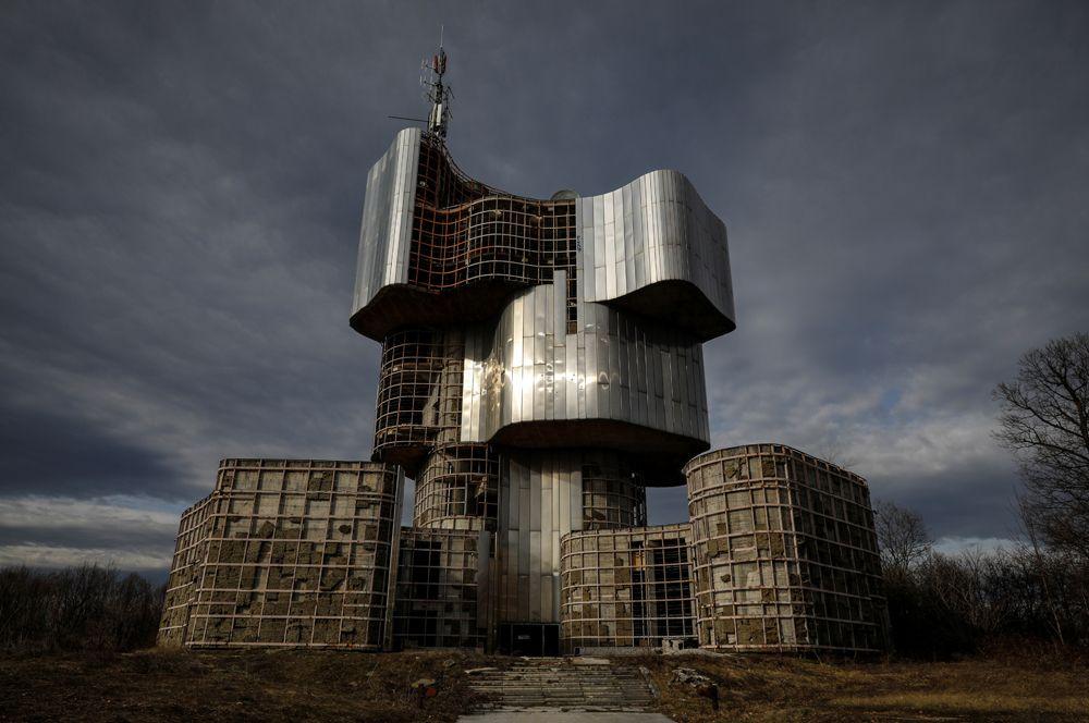 Памятник восстанию людей Кордун и Бания, Петрова-Гора, Хорватия.