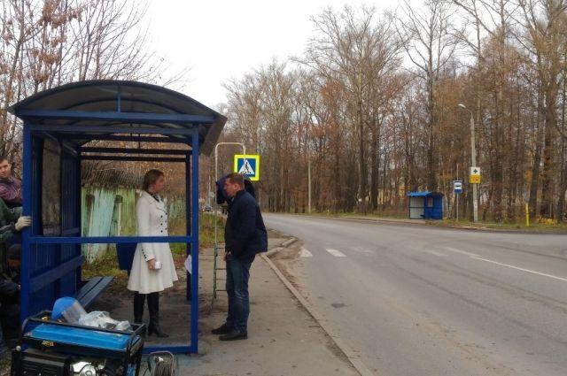 В Борках уладили вопрос с автобусными остановками