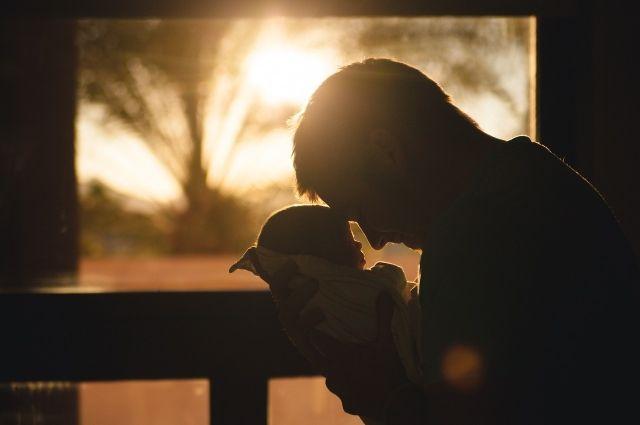 В октябре родилось 154 мальчика и 145 девочек.