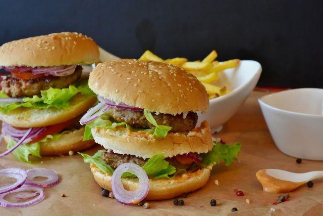 Стали известны вкусовые добавки, повышающие аппетит в несколько раз