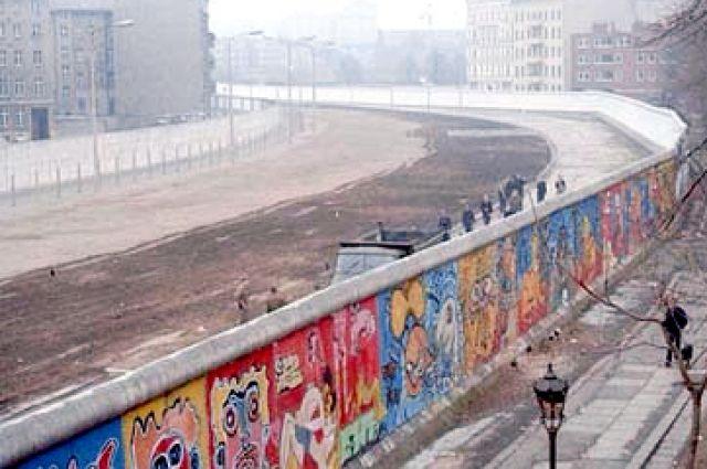 Меркель «забыла» овкладе столицы  вобъединение Германии