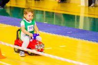 Тюменские малыши соревновались в гонках на толокарах