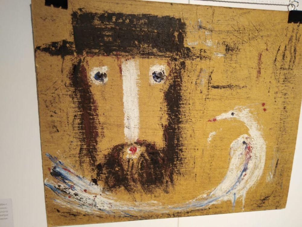 На выставке представлены работы Виктора Тимофеева...