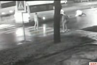 Пассажиры промолчали: в Запорожье водитель маршрутки сбил подростка и уехал