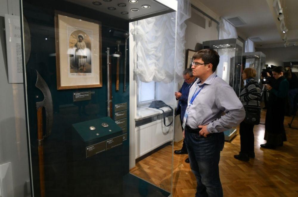 По экспонатам выставки оружия можно читать историю восточных культур и империй.