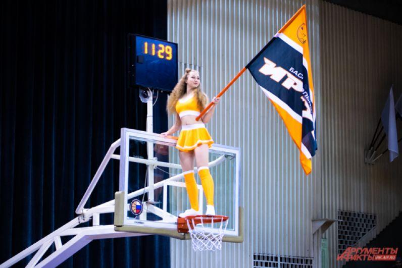 4 и 5 ноября во дворце спорта «Труд» прошли первые домашние матчи баскетбольного клуба «Иркут»
