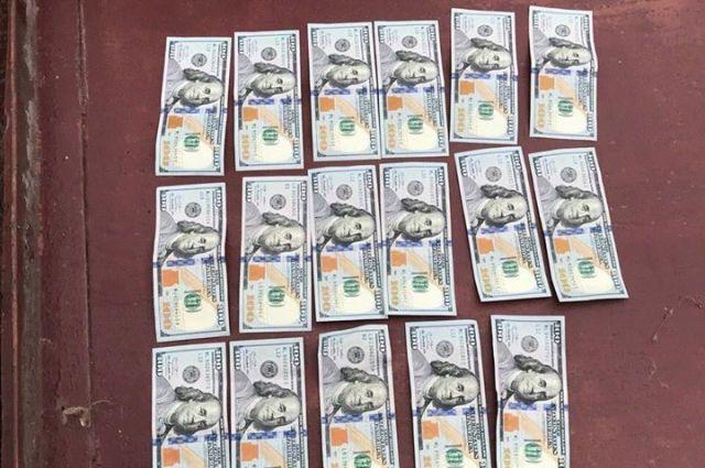 В Сумах судью задержали при получении взятки: что известно