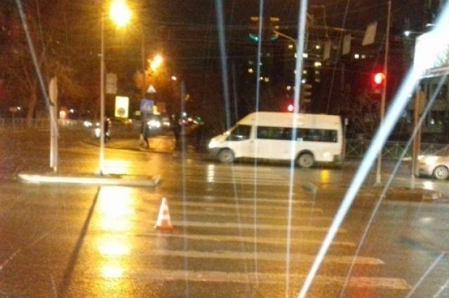 На пешеходном переходе сбита девочка.